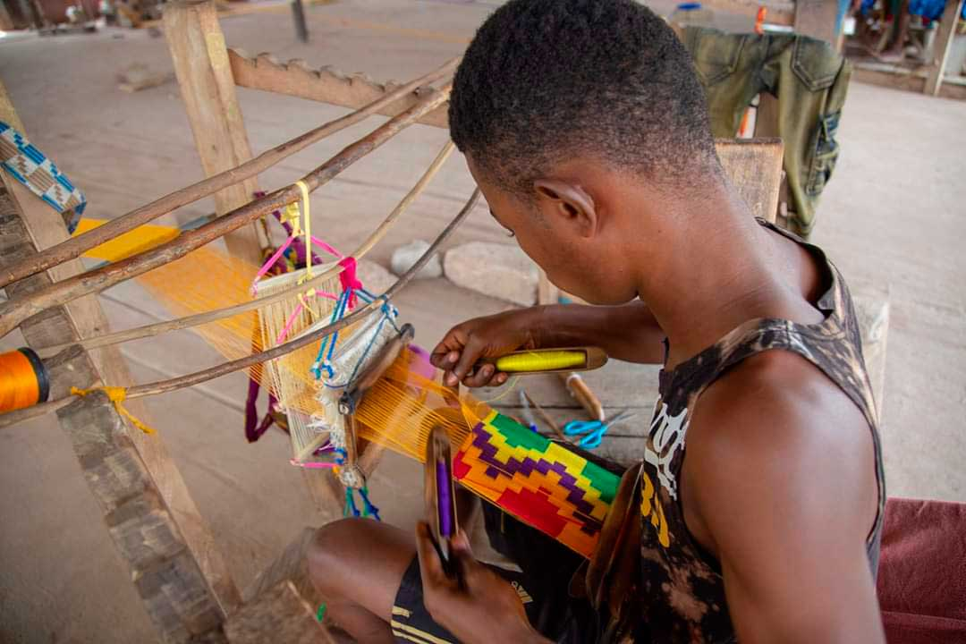 Kente weaving at Tafi Abuife